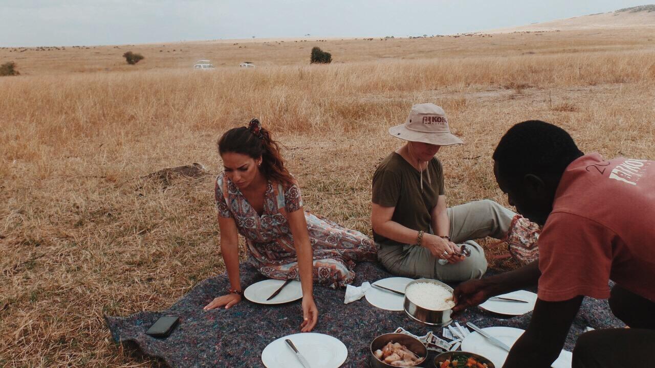Picnic en mitad de la sabana de Massai Mara